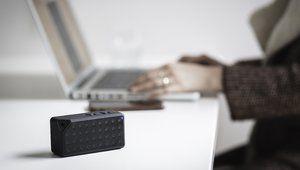 Une nouvelle technologie de mini-haut-parleurs promet plus de basses