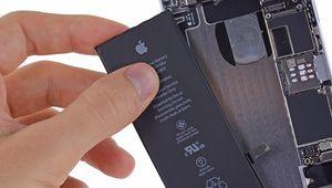 iPhone bridés: des excuses et des batteries moins chères à remplacer