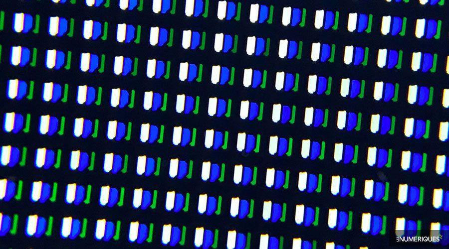 Sony-Bravia-55AF8-sous-pixel.jpg