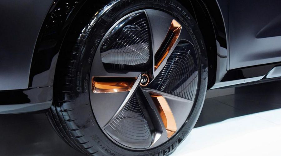 Kian-Niro-EV-Concept-roue-WEB.jpg