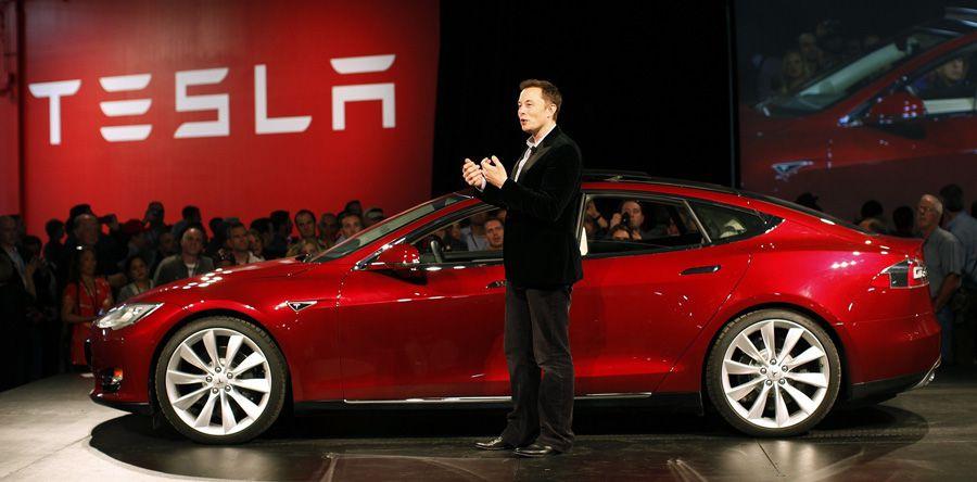 Tesla: le nouveau contrat stratosphérique d'Elon Musk
