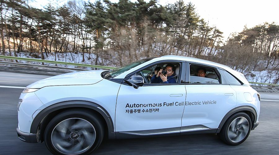 Hyundai-Fuel-Cell-Autonomous-WEB.jpg