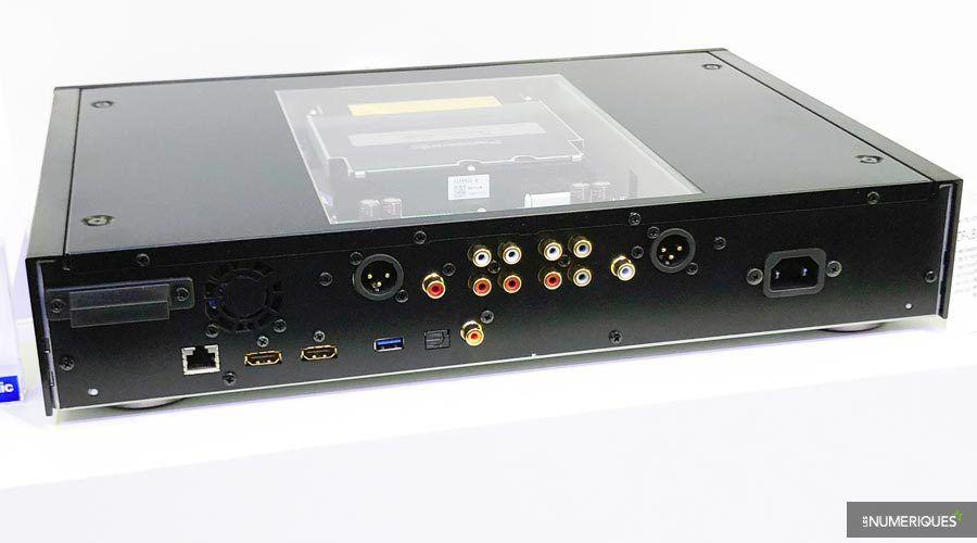 Panasonic-DP-UB9000-2.jpg