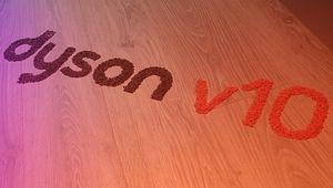 Dyson dévoile son nouvel aspirateur-balai, le V10