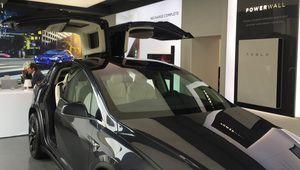 Tesla ouvre des showrooms à Paris et Marseille
