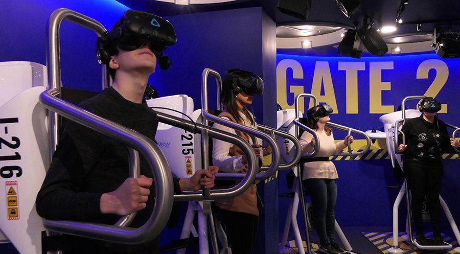 On a essayé FlyView, le vol au-dessus de Paris, en jetpack et en VR