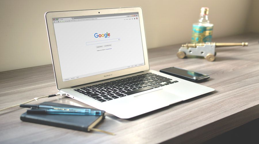 brand-computer-desk-67112.jpg