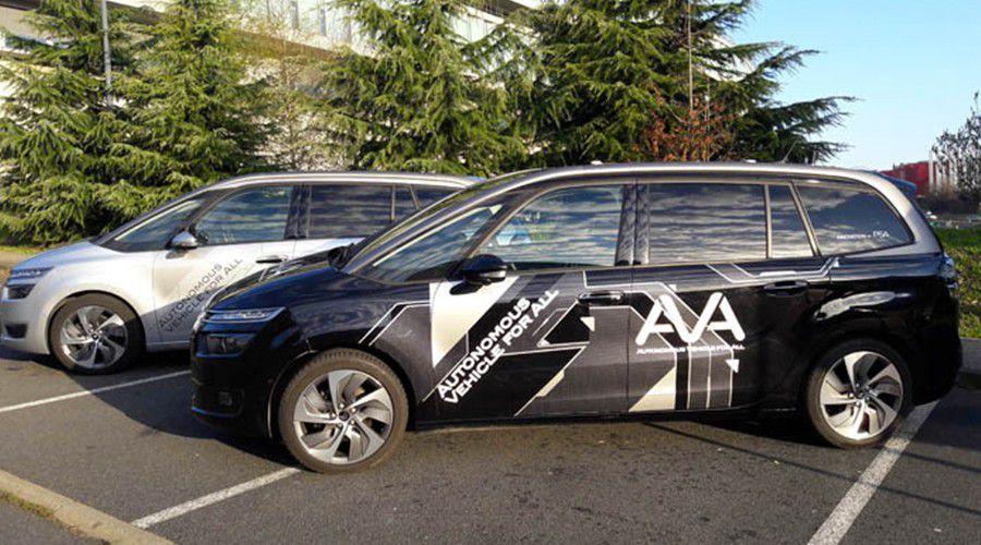 PSA autonomous car WEB.jpg