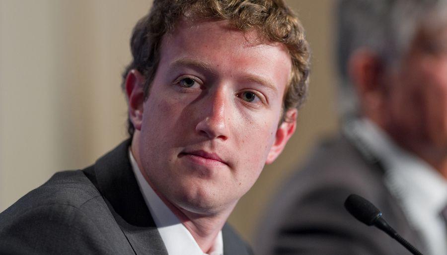 Facebook: Zuckerberg fragilisé, des actionnaires veulent sa tête