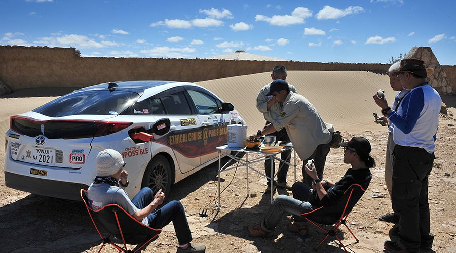 Toyota-Prius-Paris-Dakar_3-WEB.jpg