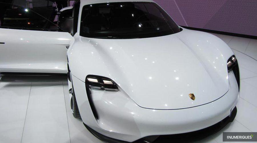 Porsche-Mission-E-Francfort_1-WEB.jpg