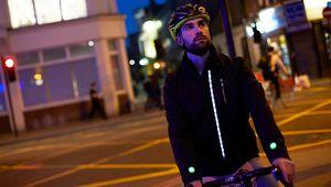 Ford imagine la veste connectée pour les cyclistes