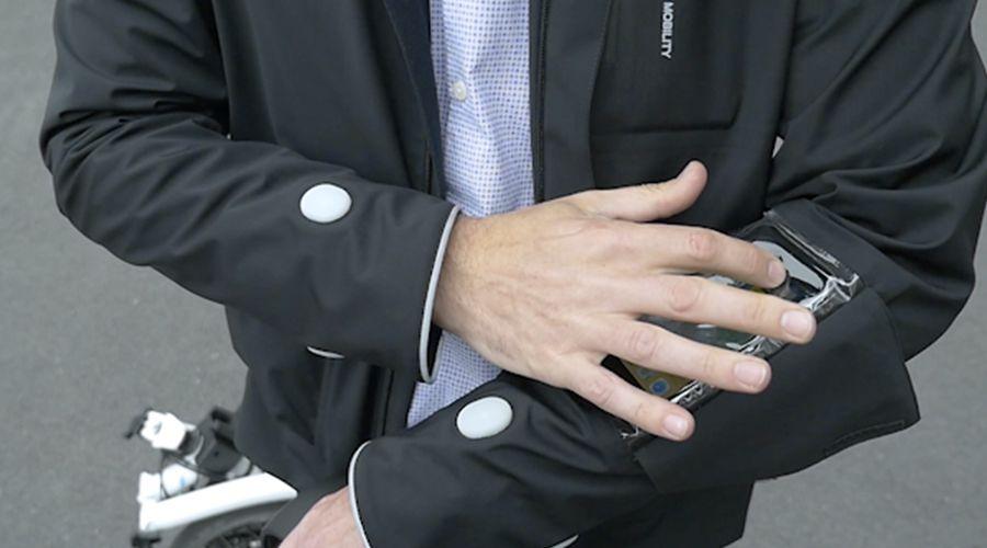 Ford-Smart-Jacket-2-WEB.jpg