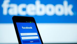 Sur Facebook, quelques groupes testent l'accès payant