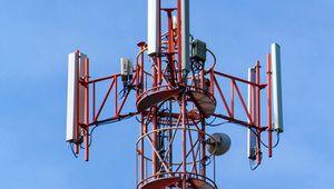Altice cède ses tours télécoms pour réduire sa dette