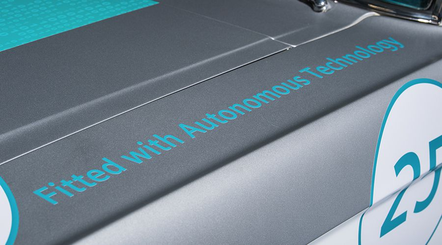Siemens-Ford-Mustang-autonomous_2-WEB.jpg