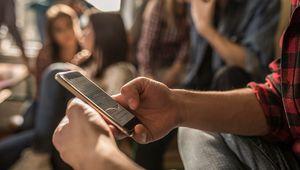 [MàJ] La loi sur l'interdiction du smartphone à l'école a été adoptée