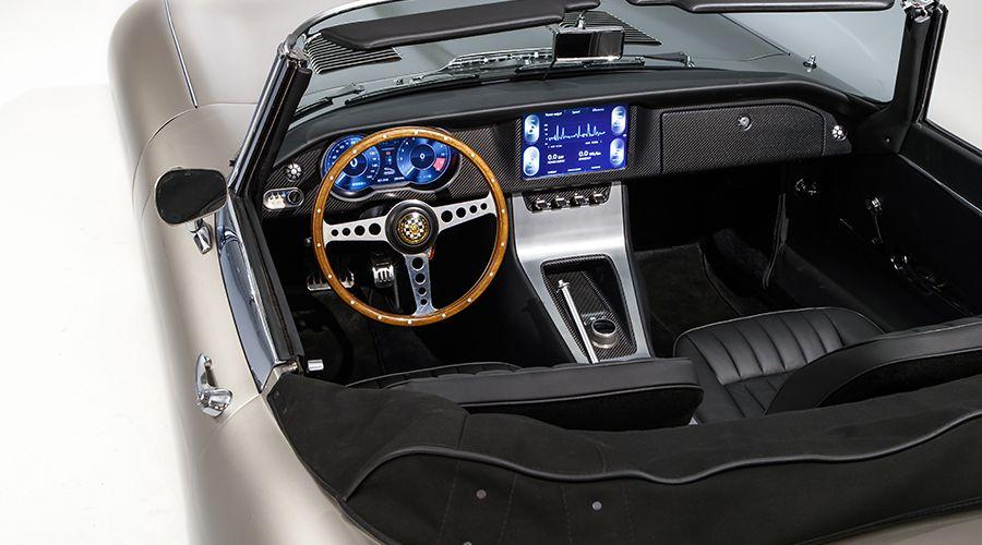 Jaguar-E-Type-Zero-Inside-WEB.jpg
