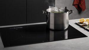IFA 2018 – Une sonde de cuisson sur les plaques à induction AEG