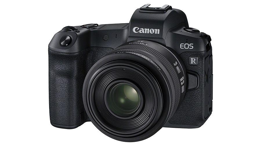 EOS R_FrontSlantLeft_35mm F1.8 Macro IS STM.jpg
