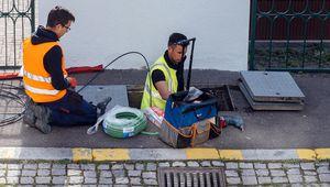 Très haut débit: la fibre optique accélère son déploiement