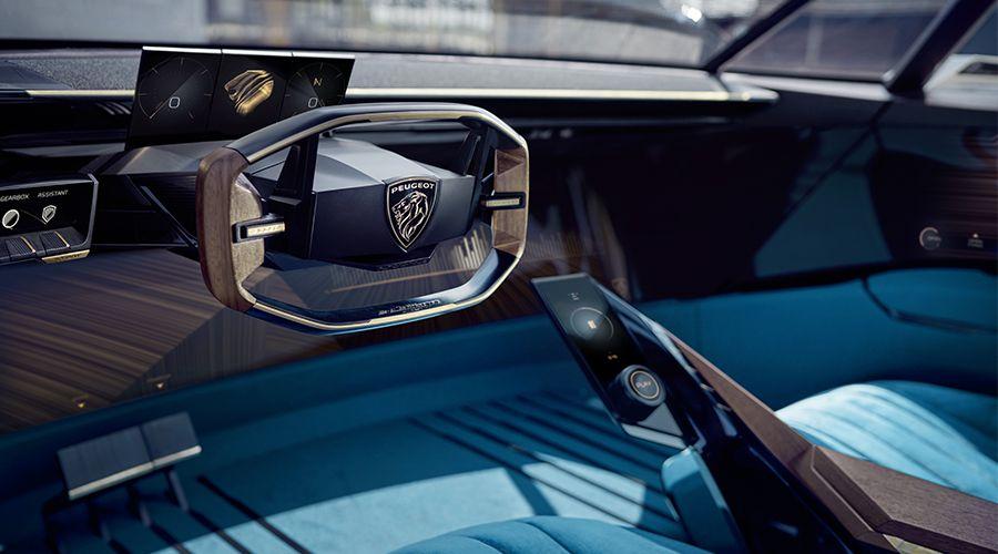 Peugeot-e-Legend-Concept_inside-WEB.jpg