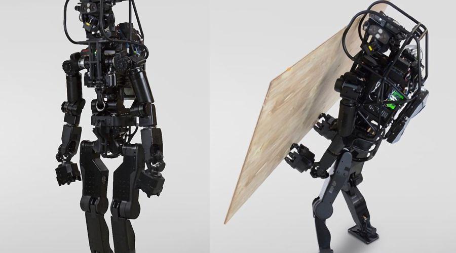 Robot japonnais macon.jpg
