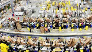 Amazon augmente son salaire horaire minimum aux États-Unis à 15$