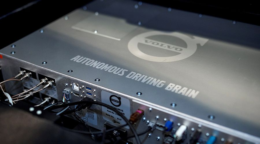 Volvo-autonomous-car-SOC-WEB.jpg