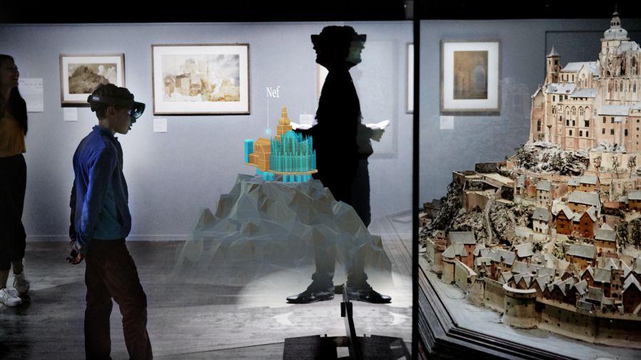 experience hololens musée.jpg