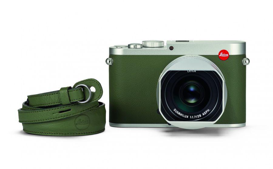 Leica Q khaki_carrying strap_front.jpg