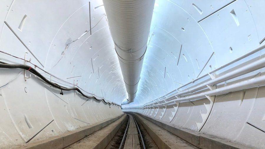 Tunnel LA.jpg