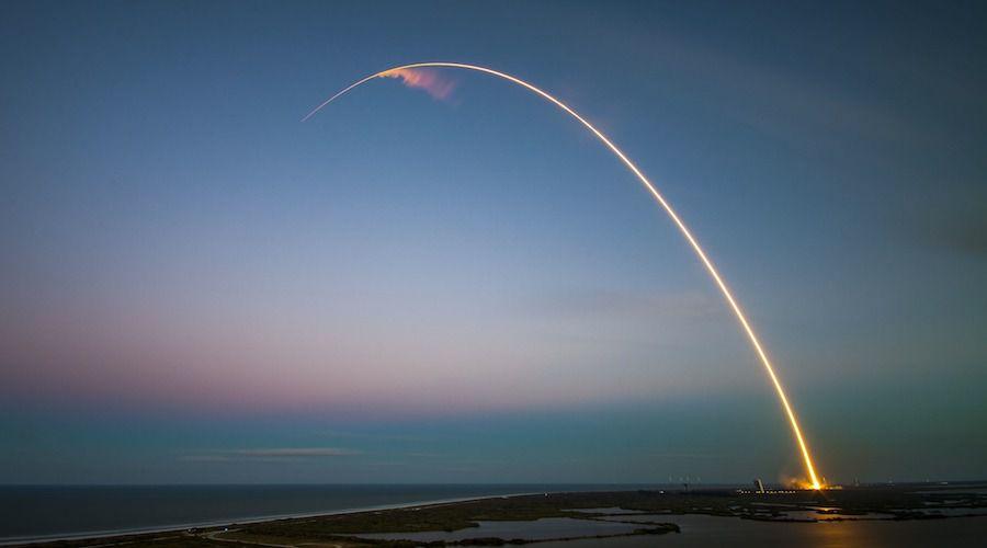 rocket-1245696_1920.jpg