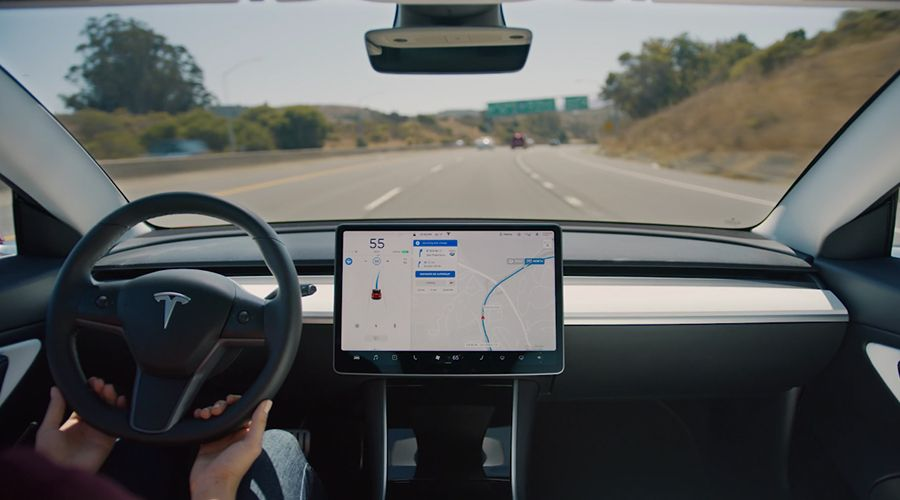 Tesla-Model-3-Autopilot-WEB.jpg