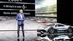 """Daimler: """"Nous n'excluons pas une coopération à l'avenir avec Tesla"""""""