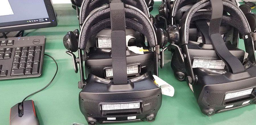 Valve-VR-HMD-02r.jpg