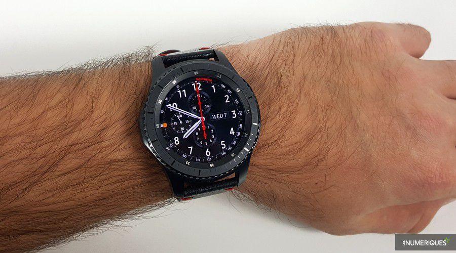 aa483bea79ef9 Black Friday – La montre connectée Samsung Gear S3 Frontier à 199 ...