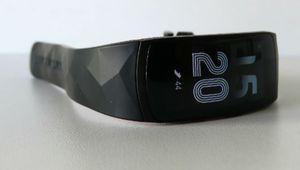 Black Friday - Le capteur d'activité Samsung Gear Fit2 Pro à 150€