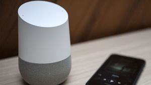 Cyber Monday – Google Home et Home Mini à 100 € et 30 € respectivement