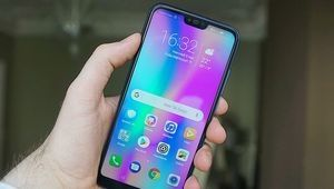 Cyber Monday – Le smartphone Honor 10 à 299€