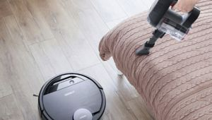 Ecovacs va lancer son Deebot Ozmo Pro930: un aspi-robot deux-en-un