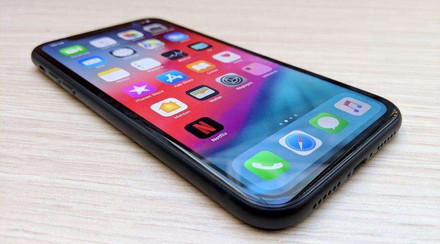 Apple iphone xr bord