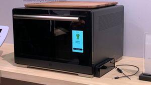 CES 2019 – Un micro-ondes qui reconnaît la nourriture chez Whirlpool