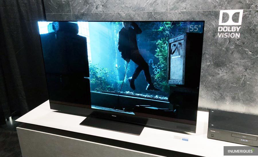 Panasonic lance le premier téléviseur compatible avec toutes les normes HDR