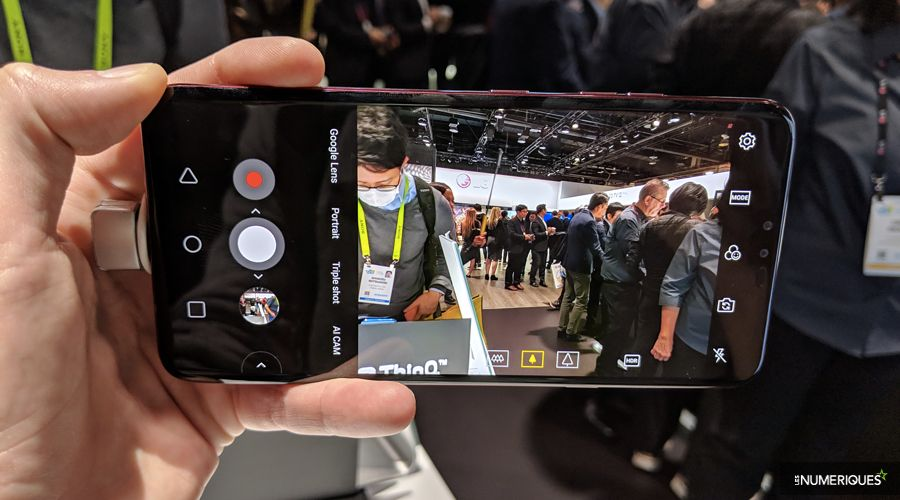 lg-v40-thinq-photo.jpg