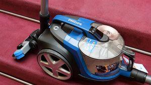 Comment bien choisir son aspirateur-traîneau?