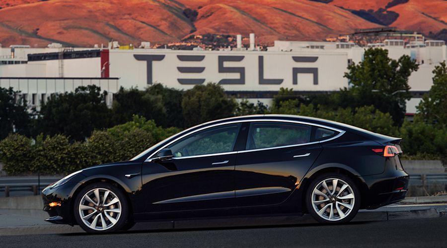 Tesla-Model-3-WEB.jpg