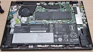 Labo – Le Lenovo Yoga 530 est-il évolutif?
