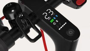 Un écran et plus d'autonomie pour la trottinette M365 Pro de Xiaomi