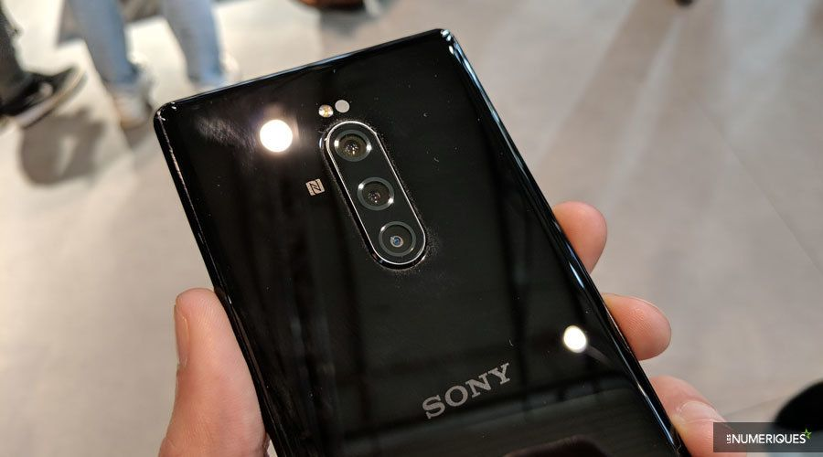 sony-xperia-1-dos.jpg